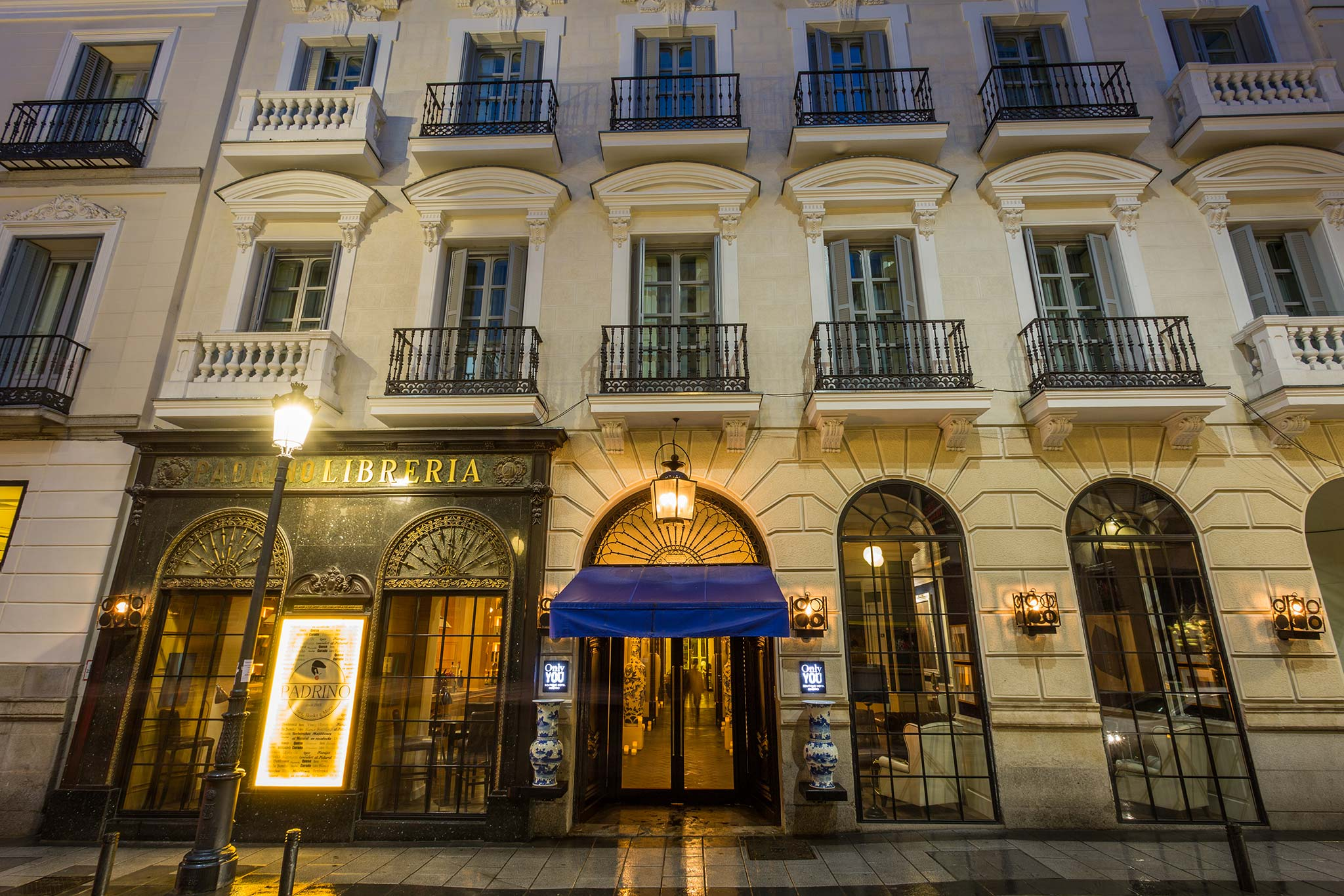 Galer A Only You Boutique Hotel Madrid